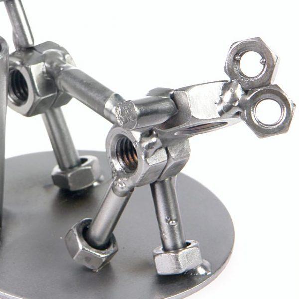 Schraubenmännchen Hund - treuer Begleiter aus Stahl