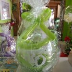 Ballongeschenkverpackung Ballongeschenk zum 30. Geburtstag in gelb-grün-weiß.