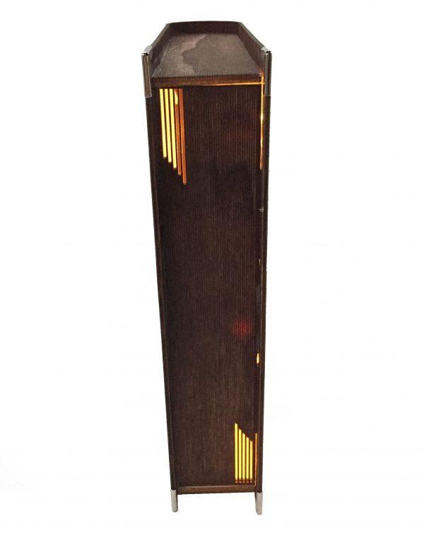 Dekobuch Wintermärchen rot indirekt mit 10 Mini LED´s von hinten beleuchtet. Passt perfekt den ganzen Winter in Ihre Räume. Batteriebetrieb
